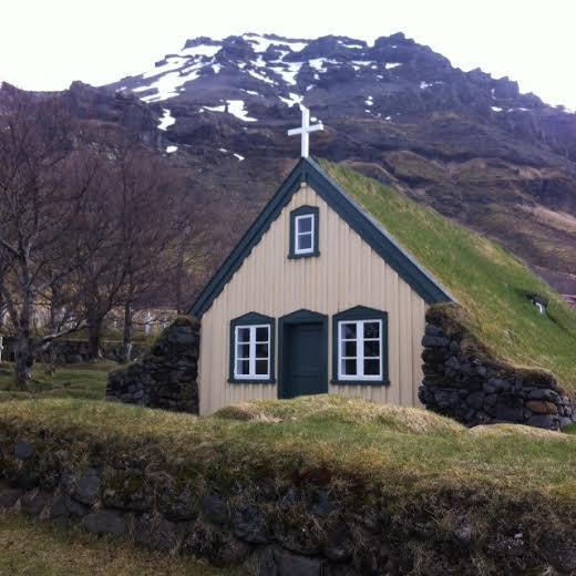 Hof peat church